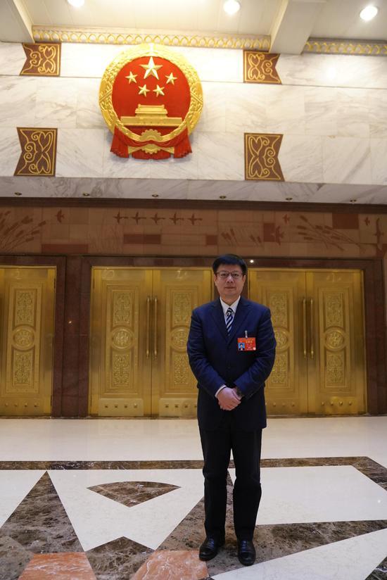 全国人大代表、浙江省经济和信息化厅厅长张耕。 崔楠 摄