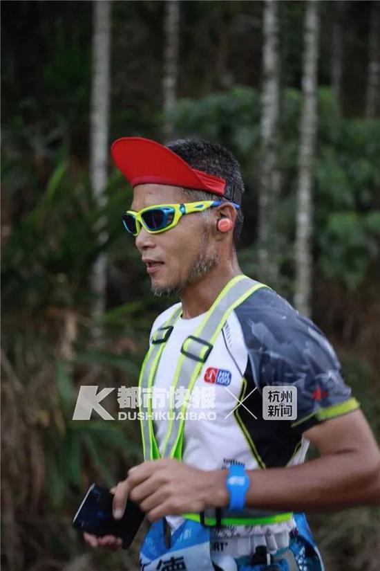 杭州跑圈红人19天跑1045公里瘦8公斤 拿超虐比赛冠军