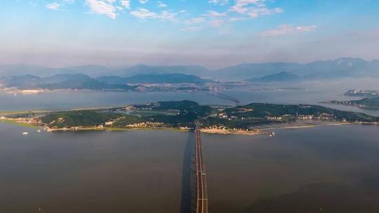 玉环大桥和乐清湾大桥