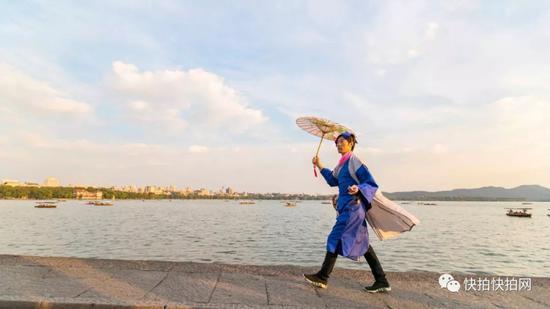 许仙从四川来找白娘子