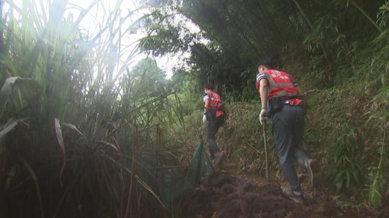 浙江千名地质队员驻县进乡 专业服务为群众筑安全防线