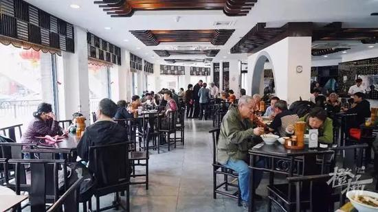 杭州一家百年老店发出一则声明 商业拍摄需登记报备