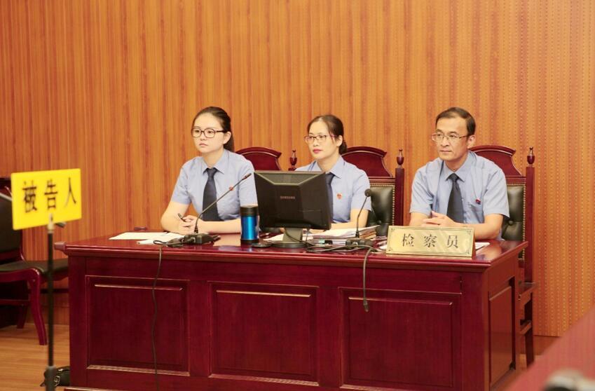 陈海鹰检察长出庭支持抗诉