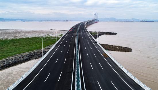 浙江沿海高速公路。(资料图) 浙江交通 供图