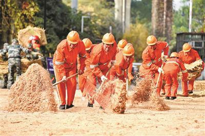 杭州市城管系统举行2019年抗雪防冻应急演练