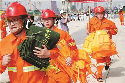 加强江南大道项目安全生产 浙交工开展应急救援演练