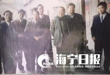 1996年,金庸到盐官