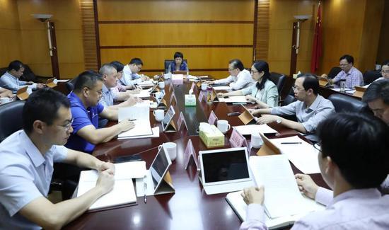 新昌县政府召开第55次常务会议