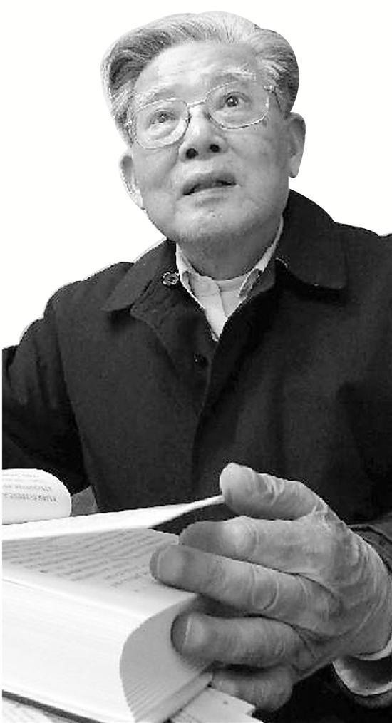 2013年汪济英先生接受本报记者采访。