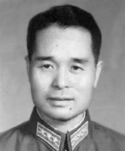 1963年的程开甲 来源:浙江大学官方微信