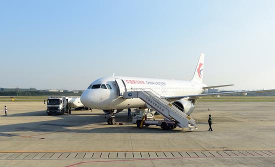 图为宁波机场航班。宁波机场提供
