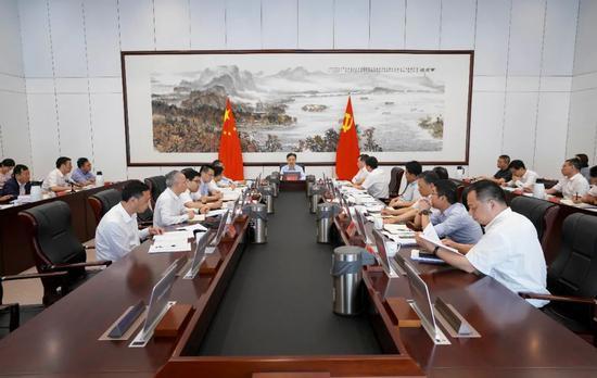 杭州召开数智杭州建设工作会议 努力实现领跑示范