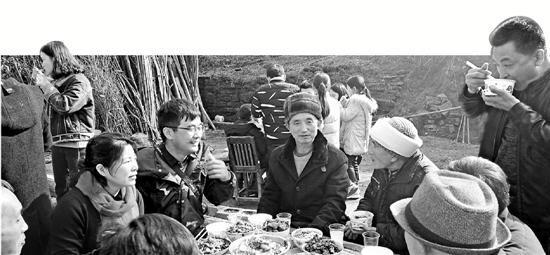 9日是民工子弟学校衢州龙游北辰小学举行开学典礼的日子。