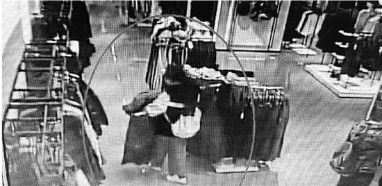 杭州90后情侣开网店做代购 卖的潮牌主要靠偷
