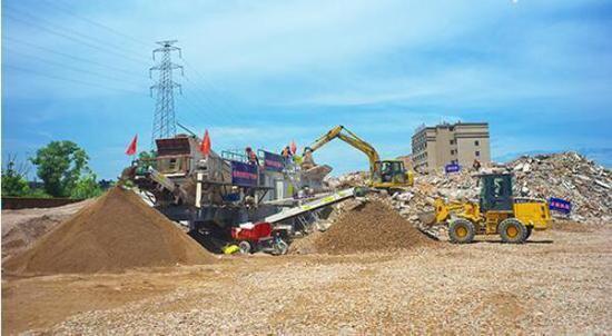 建筑垃圾分离产生粗细不同的骨料