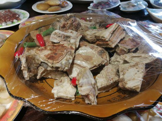 形似白切肉的奇石 三门县委宣传部提供