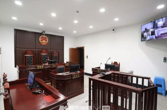在防疫卡点滋事还袭警 杭醉酒男子妨害公务被判9个月