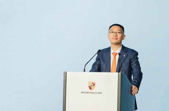 湖州保时捷中心总经理陈群峰(Mr. Tony Chen)先生致辞