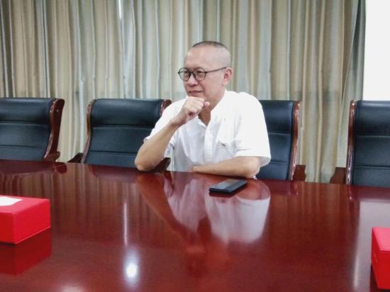 暑期社会实践队采访红石梁集团党委书记杨国飞校友
