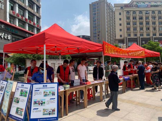 台州路桥区:生活垃圾分类线下宣传出实招