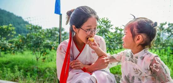 常山县第二届枇杷节开采