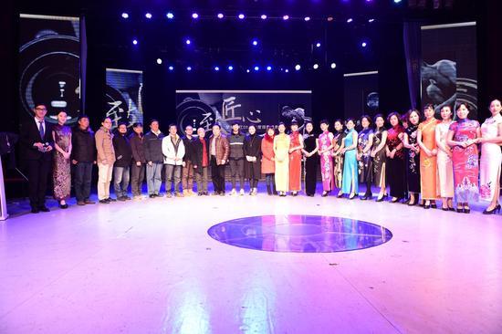 1月15日下午,致匠心摄影盛典在杭州剧院顺利举行。