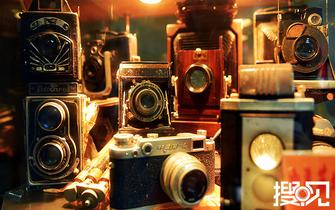 《搜见》:老顽童的相机痴梦