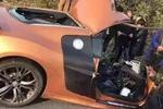 宁波1女子开车抢红包赚了两分钱 失神撞了前车赔了数千元