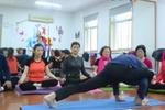 杭州73岁瑜伽爷爷惊呆小年轻