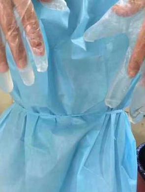 台州1法医解剖后手套的汗可倒出