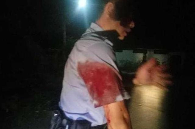 杭州民警勇斗持刀男 身中两刀却叮嘱别告诉父母