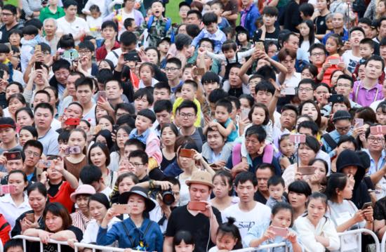 横店假期太撩人,国庆黄金周共接待游客89万人次