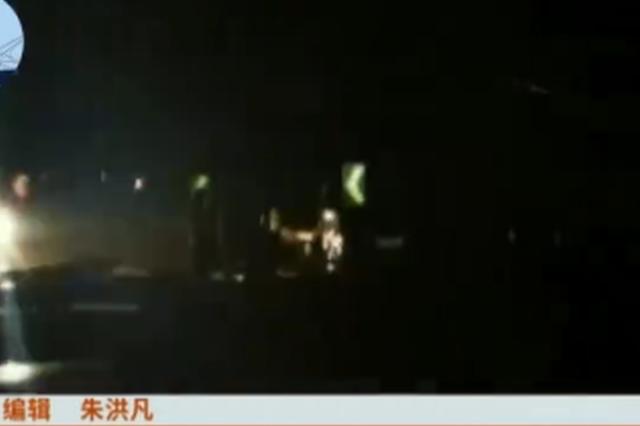 浙江一货车司机疲劳驾驶 致使它车报废