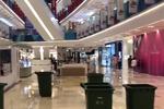 杭州1商场出现多处漏水 部分漏水处堪比小瀑布