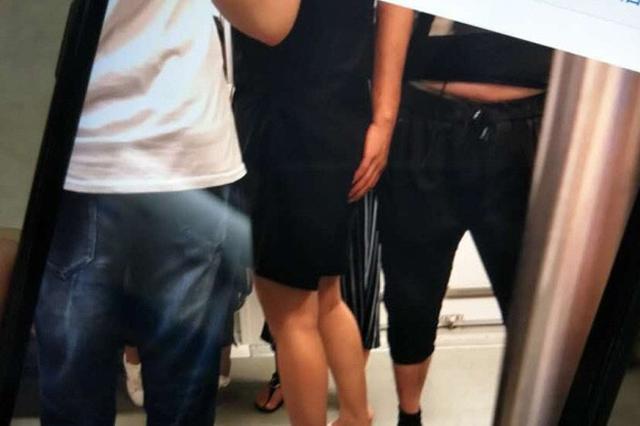 杭州一姑娘坐大巴遭遇咸猪手 男子将手放其大腿上