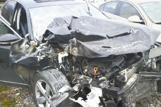 浙妈妈开车追尾 副驾驶安全椅上的宝宝撞致颅内出血