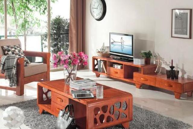 杭男子怀疑家具不实想退货 商家:从未承诺家具材质
