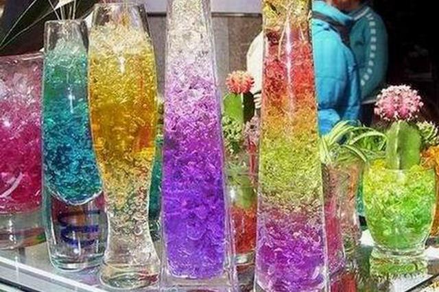 网红玩具水晶泥含有毒物质 杭州不少学校门口仍在卖