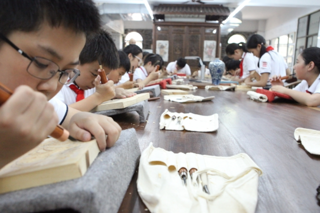 杭州一小学选修课火了 22个名额3秒抢完