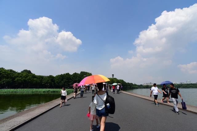 梅雨天结束杭州出梅 天气放晴持续升温大太阳回归