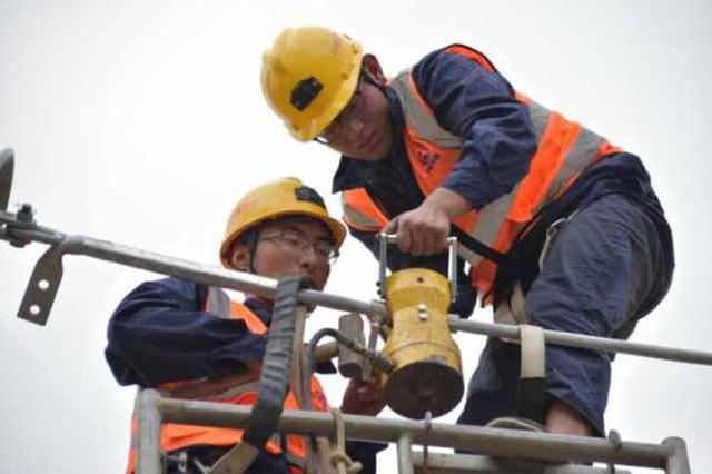 杭黄高铁有新进展 浙江段所有接触网导线架设完成