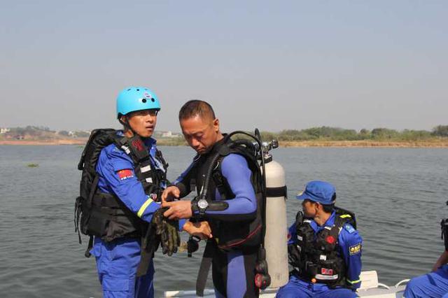 衢州两名夜钓客溺水遇难 遗体上缠满鱼线(图)