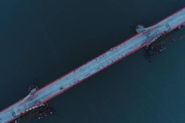 飞云江跨海特大桥贯通 温州东部沿海再添雄伟大桥