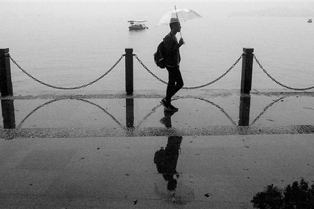 一場秋雨一場寒 浙江周二迎來霜降周末氣溫還會跳水