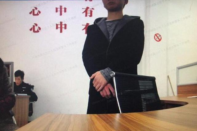 只有玩游戏时才开心 衢州13岁少年砸手机店想偷手机