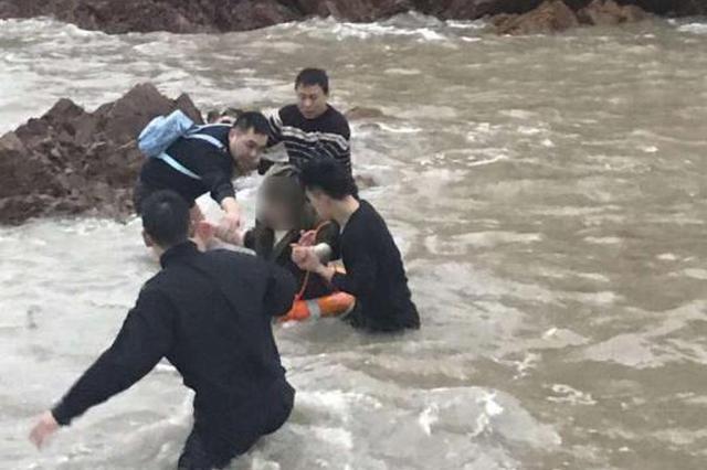 舟山女研究生压力大欲跳海 民警跳入冰冷海水中救人