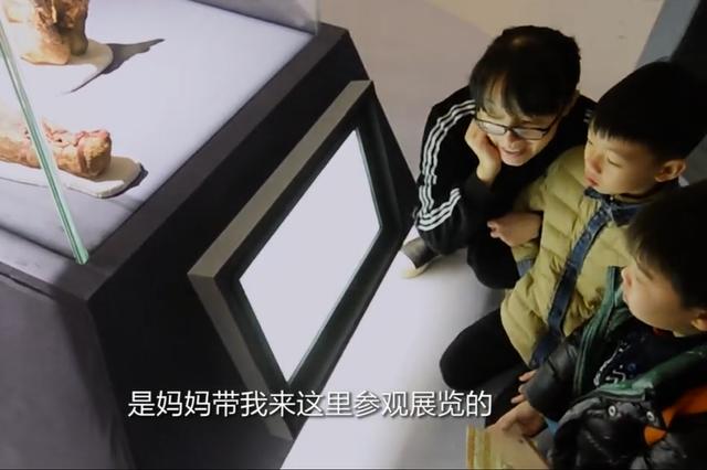 寒假首日探秘木乃伊 杭州小学生感叹恐怖又神奇