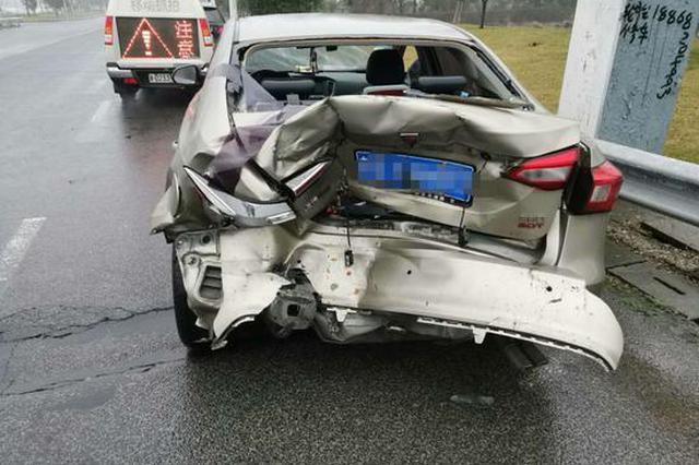 浙高速1对夫妻夜间开长途打瞌睡 疲劳驾驶险酿大祸