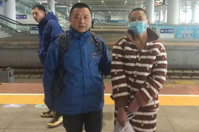 台州一民警刷抖音放松 结果在视频里发现逃犯