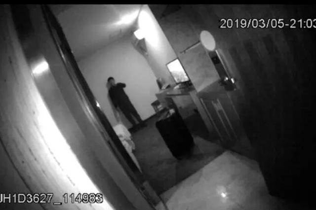 杭州19岁小伙开房轻生妈妈在哀嚎 民警发5个灵魂拷问